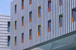 ORANGE BLU Architekten: Offices